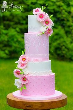 Pretty pink Gerbera Daisy wedding cake