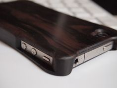 【Ebony】Wooden case for iPhone4S/4.Made by MatsubaFactory.