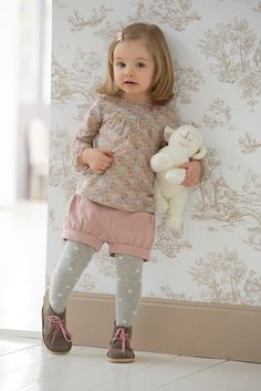 The Hidden Facts About Lovely Baby Girl Clothes Winter Ideas The One Thing to Do for Lovely Baby Girl Clothes Winter Ideas Now, if you. Winter Outfits For Girls, Little Girl Outfits, Little Girl Fashion, Toddler Outfits, Toddler Girl Style, Toddler Fashion, Kids Fashion, Winter Fashion, Womens Fashion