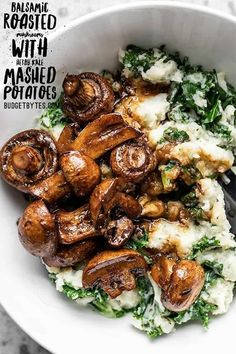 These Balsamic Roasted Mushrooms with Herby Kale Mashed Potatoes are a vegetarian meal that will please any meat and potatoes style meal lover. These Balsamic Roasted Mushrooms with Herby Kale Mashed Potatoes are a vegetarian meal that will please any Whole Food Recipes, Cooking Recipes, Healthy Recipes, Dinner Recipes, Fast Recipes, Cocktail Recipes, Fast Meals, Cheap Recipes, Budget Recipes