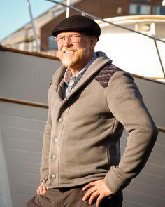 Newcastle Cardigan - A fashionable shawl collar sweater