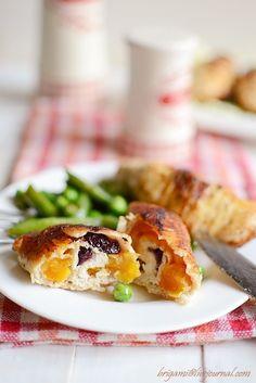 Куриные рулеты с курагой и клюквой - Foodclub — кулинарные рецепты с пошаговыми фотографиями