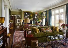 Living room - traditional - colorful palette - Persian rug | Architect: G. P. Schafer Architect, Interior: Miles Redd