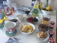 #pancake #pancakeday #pancakesathome #spring #flowers #lemonandlime #yum #prettyfood #blueberries #strawberries #respberries #clairebaker