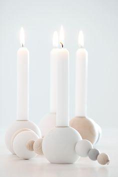 Kerzenkette mit Pastellfarben und neutralen Farben zum Selbermachen.