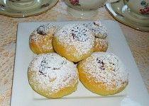 Hanácké vdolky - z pořadu Babicovy dobroty Doughnut, Hamburger, French Toast, Muffin, Treats, Breakfast, Sweet, Recipes, Food