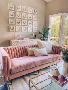 Chic and Modern Blush Pink Living Room How to style a blush pink living room. Tips to styling a pink couch and how to keep it modern and chic! Pink Living Room Furniture, Blush Pink Living Room, Living Room Sofa Design, Chic Living Room, Pink Room, Living Room Designs, Home Furniture, Living Room Decor, Wooden Furniture