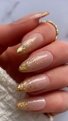 Orange Nail Designs, Gold Nail Designs, Almond Nails Designs, Art Designs, Gold Chrome Nails, Gold Acrylic Nails, Gold Nail Art, Dark Green Nails, Orange Nails