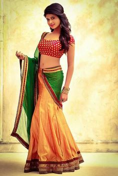 Beautiful Girl Indian, Beautiful Saree, Beautiful Indian Actress, Beautiful Dresses, Indian Bridal Lehenga, Indian Beauty Saree, Half Saree Designs, Bollywood Girls, Indian Models
