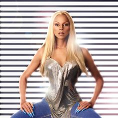 Bet you didn't know that! Unlike the majority of drag queens RuPaul is not an alias but Ru's real name Bts Mode, Rupaul Drag Queen, Beauty And Fashion, Amazing Women, Supermodels, Beautiful People, Simply Beautiful, Muse, Glamour