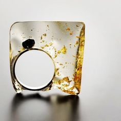 Edgy, loving this resin with gold leaf imbedded ring by Catalina Brenes. #resin…