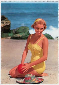 vintage beach look. #summer #beach #model #yellow #swimsuit #1950s #vintage