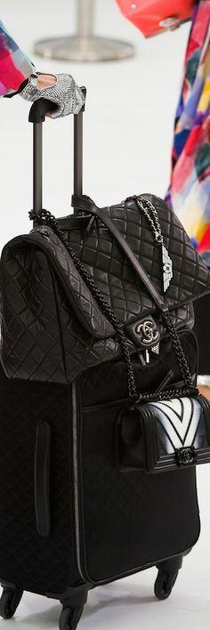 CHANEL SPRING 2016 RTW DETAILS Traveling fashion. Black is elegant #chanel