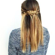 Messy braided hair crown by Vizien