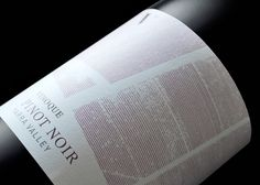 Vinoque - The Dieline -