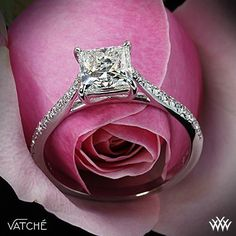Engagement ring. Gorgeous!!