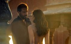 Ajay Devgn will romance the much younger Ileana D& in his upcoming film Baadshaho, and his fans got a glimpse of their crackling on-screen chemistry in the trailer. Bollywood Updates, Bollywood News, Ileana D'cruz, Upcoming Films, Jacqueline Fernandez, Romance, Scene, Nude, Photoshoot