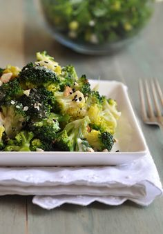 Broccoli Tahini Salad with Almonds and Sesame - broccoli, sesame tahini, olive o.- Broccoli Tahini Salad with Almonds and Sesame – broccoli, s. Broccoli Salad, Broccoli Recipes, Salad Recipes, Tahini, Kimchi, Clean Recipes, Whole Food Recipes, Free Recipes, Clean Eating
