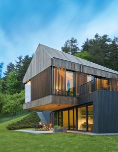 New house modern exterior design woods Ideas Minimalist House Design, Minimalist Home, Modern House Design, Minimalist Window, Modern Exterior, Exterior Design, Black Exterior, Metal Building Homes, Metal Homes