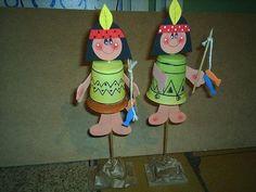 Native american crafts for kids Kids Crafts, Projects For Kids, Diy For Kids, Thanksgiving Crafts, Fall Crafts, Native American Crafts, American Indians, School Spirit Crafts, Indian Birthday Parties