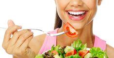 Diyet İle İlgili Yanlış Bilinenler Günümüzde birçok kişi gerek sağlıklı olmak, gerek fit olmak, güzel görünmek amaçlarıyla diyet yapmaya yönelmektedir. Ne yazık ki beslenme ve zayıflama konusundaki bilgi kirliliği çok fazladır ve birçok insan kilo vermek için, eksik veya yanlış edindiği bilgilerle bazı yöntemleri uygulamaktadır.   #açkalmak #diyet #kiloverme #zayıflama