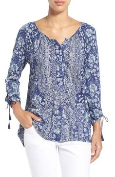 Lucky Brand Tie Sleeve Print Henley Top available at Blouse Styles, Blouse Designs, African Fashion Dresses, Fashion Outfits, Korean Blouse, Henley Top, Shirt Blouses, Lucky Brand, Ideias Fashion
