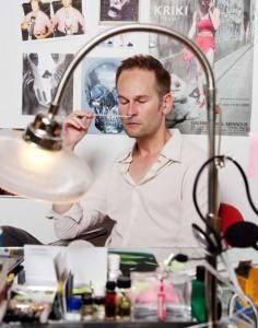 Geza Schoen, perfumer | Escentric Molecules, Molecule 01