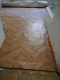Hardwood Floors, Flooring, Texture, Crafts, New Homes, Wood Floor Tiles, Surface Finish, Wood Flooring, Manualidades