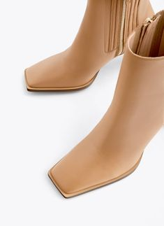 Uterqüe Denmark Product Page - Footwear - View all - Leather ankle boots with square toe - 833 Nude Ankle Boots, Leather Ankle Boots, Shoes Heels Boots, Heeled Boots, Women's Boots, Camel Style, Square Toe Boots, Fall Shoes, Fashion Shoes
