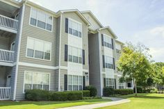 ClearView Apartments in Holland, MI   Cottonwood Communities ...
