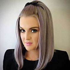 Kelly Osbourne is sporting a fierce new 'do.