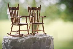 His and Hers rocking chairs cake topper