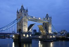 Tower Bridge, one of the most iconic views of London!