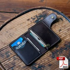 This product is a digital PDF template set for the Vertical Snap Wallet pictured in the photos above. Please note there is no physical wallet included in this listing. The Vertical Snap Wallet template set is a compact wallet design that can hold cards, folded cash, and coin in its