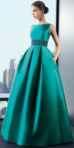 #Dramatic, teal balloon skirt dress. Fashion #2dayslook www.2dayslook.com