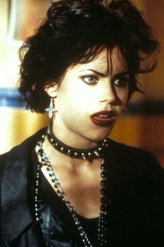 grunge goth The Best Halloween Movies - Movies - Grunge Look, Grunge Style, Mode Grunge, Goth Style, Chicas Punk Rock, Estilo Punk Rock, Grunge Outfits, The Craft Movie, The Craft 1996