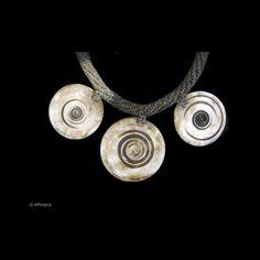 Collier ASMAT de Papouasie Nouvelle Guinée