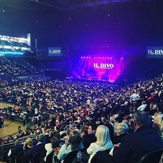 Packed house tonight at the O2 Arena in #London! We love you all thank you so much for coming out. #UK #IlDivo #IlDivoAmorPasion by ildivo_official