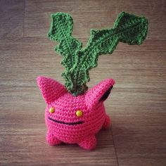 Here is my Hoppip crochet free pattern, I love this flying jumping pink ball shape Pokemon !His name is Granivol in French (from graine = seed and vol= flight)