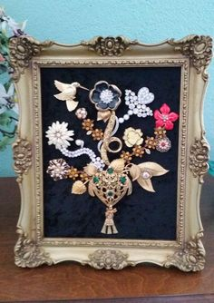 VINTAGE OOAK FRAMED COSTUME JEWELRY CHRISTMAS TREE FLOWER VASE RHINESTONE ART!