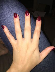 Dark red round nail