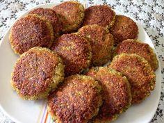 מתכון קציצות חומוס, קציצות חומוס מטוגנות עם כוסברה, פטרוזיליה ותבלינים - סוג של פלאפל טעים שמתאים לארוחת ערב משפחתית