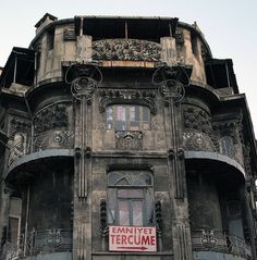 I saw this building when I was in Istanbul, and I had the deepest longing to live in it.  It's fabulous and crying out to be loved.