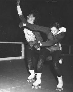 Lee Balterman - Roller Derby at Chicago Coliseum. Toughie and Gerry Murray