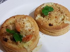 Quick and easy recipe. May be used in vol au vents.