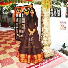 Dress made out of saree Long Dress made out of Saree I have already made a post to reuse and revive your old Kanjeevaram sarees in different ways. you can read the post Reu… Indian Gowns Dresses, Indian Fashion Dresses, Indian Designer Outfits, Designer Dresses, Indian Outfits, Designer Wear, Girls Frock Design, Long Dress Design, Kalamkari Dresses