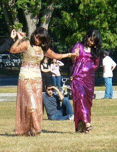 Kurdish girls dancing