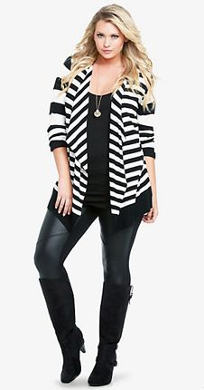 bad7e761fa4c3 TYSIE - Love this outfit cut style. Loose but fitted overshirt and skinnies  with · Fashion ModaPlus FashionPlus Size Fashion For WomenFashion ...