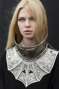 Valoria, the warrior. Warrior Queen, Warrior Princess, Caballero Andante, Costume Armour, Fantasy Costumes, Fantasy Armor, Costume Design, Character Inspiration, Character Design