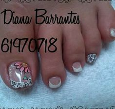 Pedicure Designs, Pedicure Nail Art, Toe Nail Designs, Toe Nail Art, Pretty Toe Nails, Fancy Nails, Feet Nails, My Nails, Purple And Pink Nails
